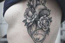 Alex Tabuns, l'artiste tatouages