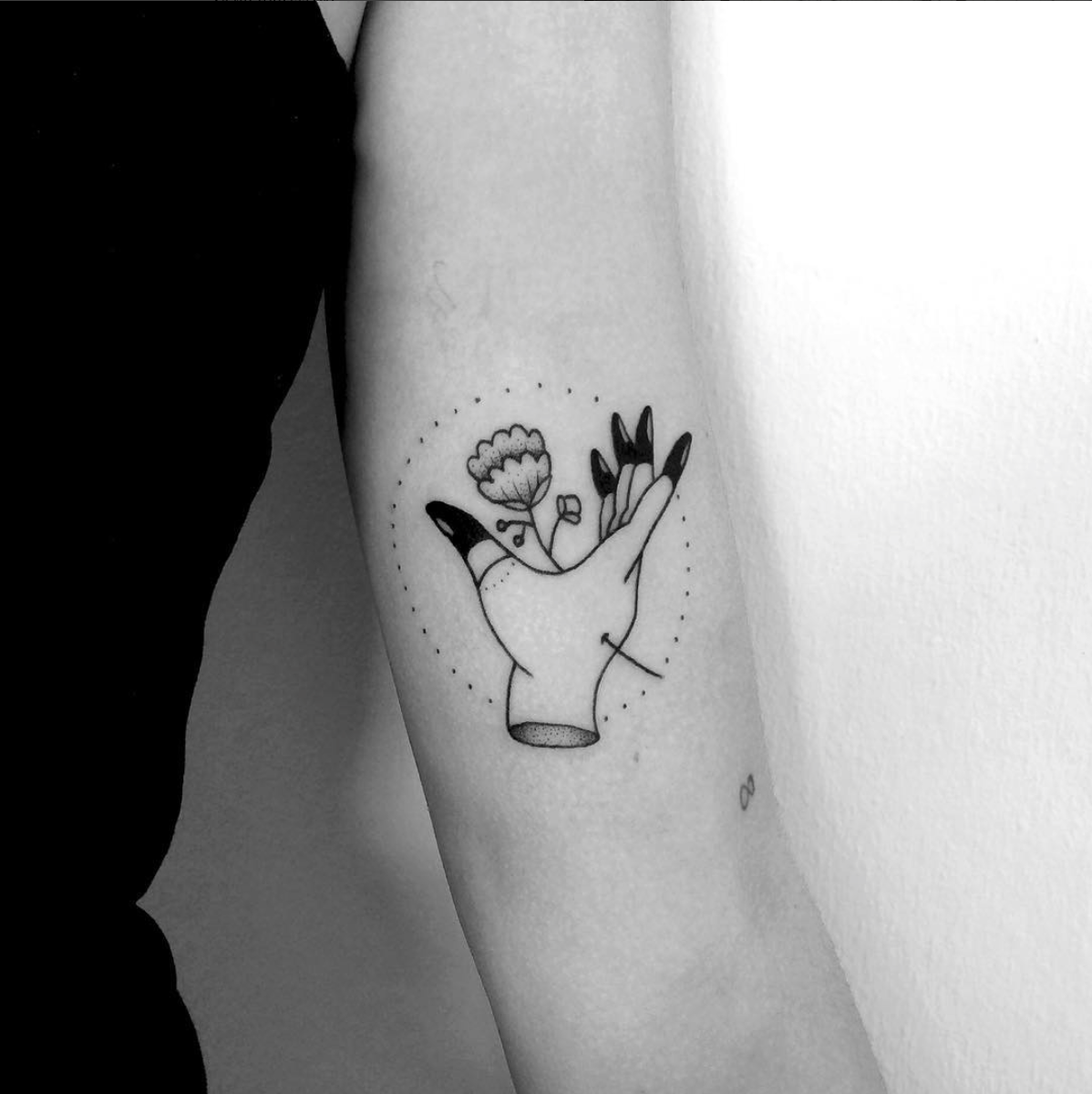 Tami_Hopf, les tatouages faits de points