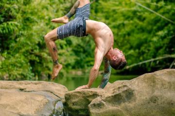 DylanWernerYoga, le yoga n'est pas reservé qu'aux femmes