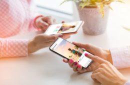 Instagram lutte contre la désinformation et le cyberharcèlement