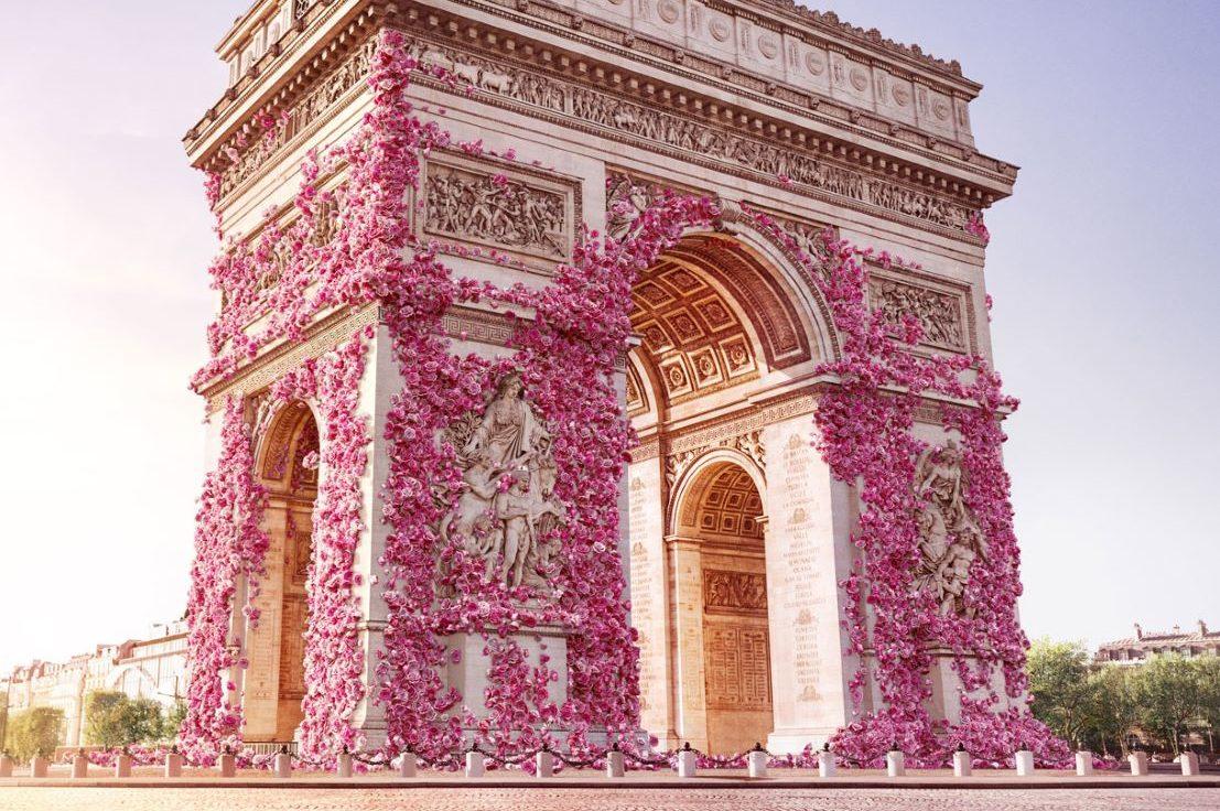 Lancôme fleurit Arc de Triomphe grâce à Snapchat