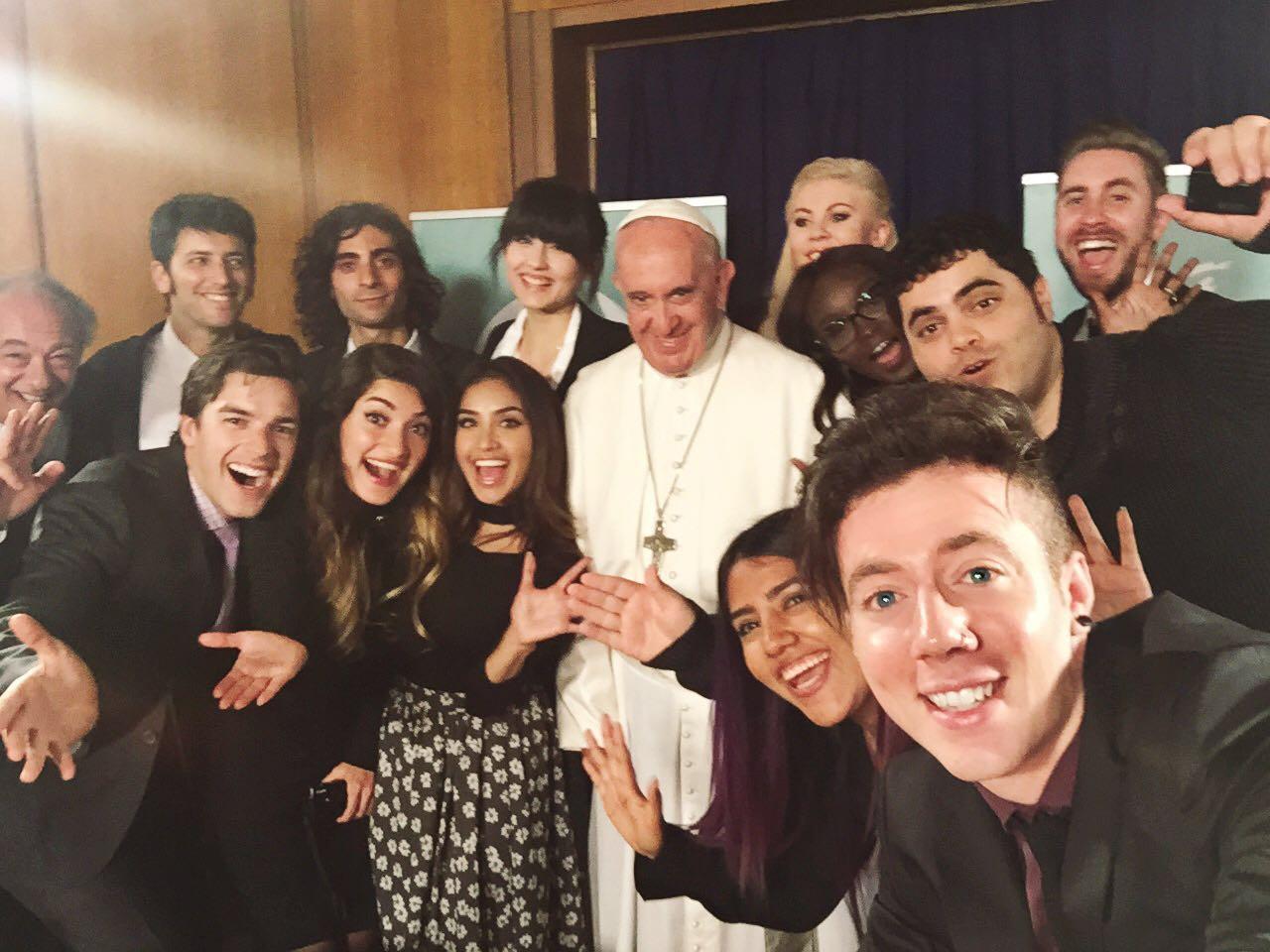 Pape francois YouTubeurs Influenth