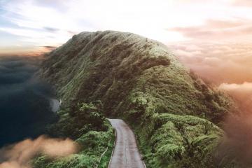 Jatiputra, les collages surréalistes qui relèvent du rêve