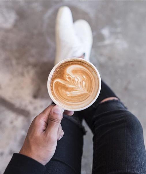 CoffeeNClothes, du café et des vêtements tendances