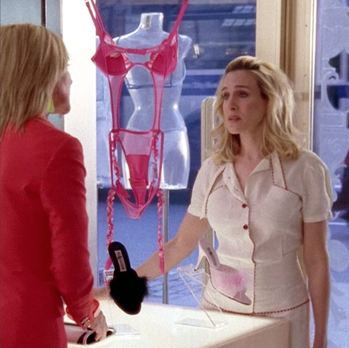 EveryOutfitOnSATC, les tenues décadantes des héroïnes de Sex & the City